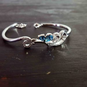 Blue Elegant Swarovski Bangle