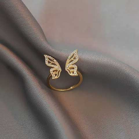 Adjustable Butterfly Costume Ring in Gold